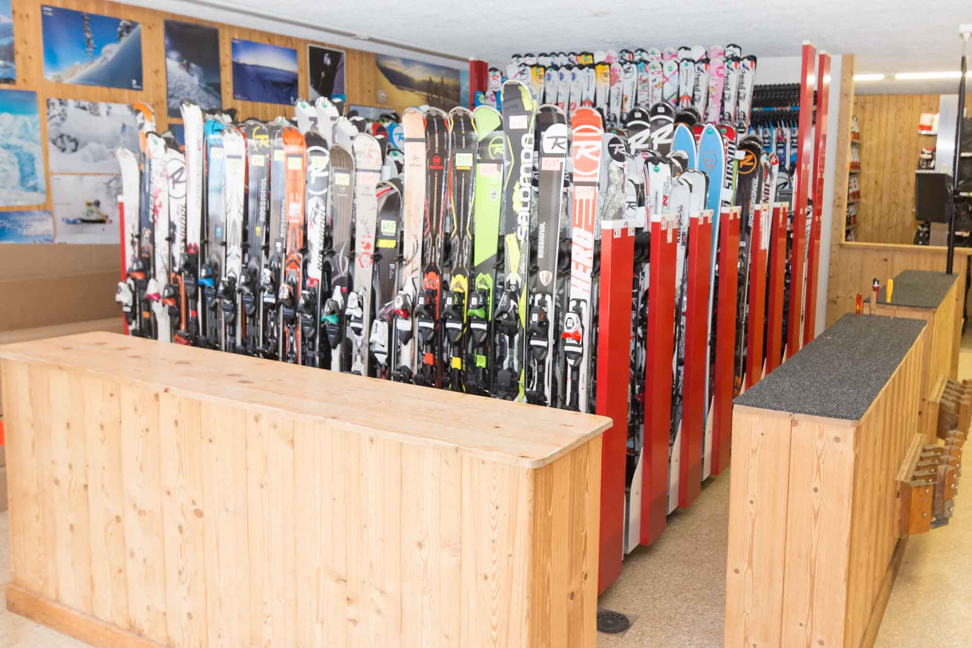 ensemble des skis de location